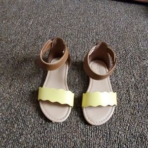 Old Navy Toddler Sandals
